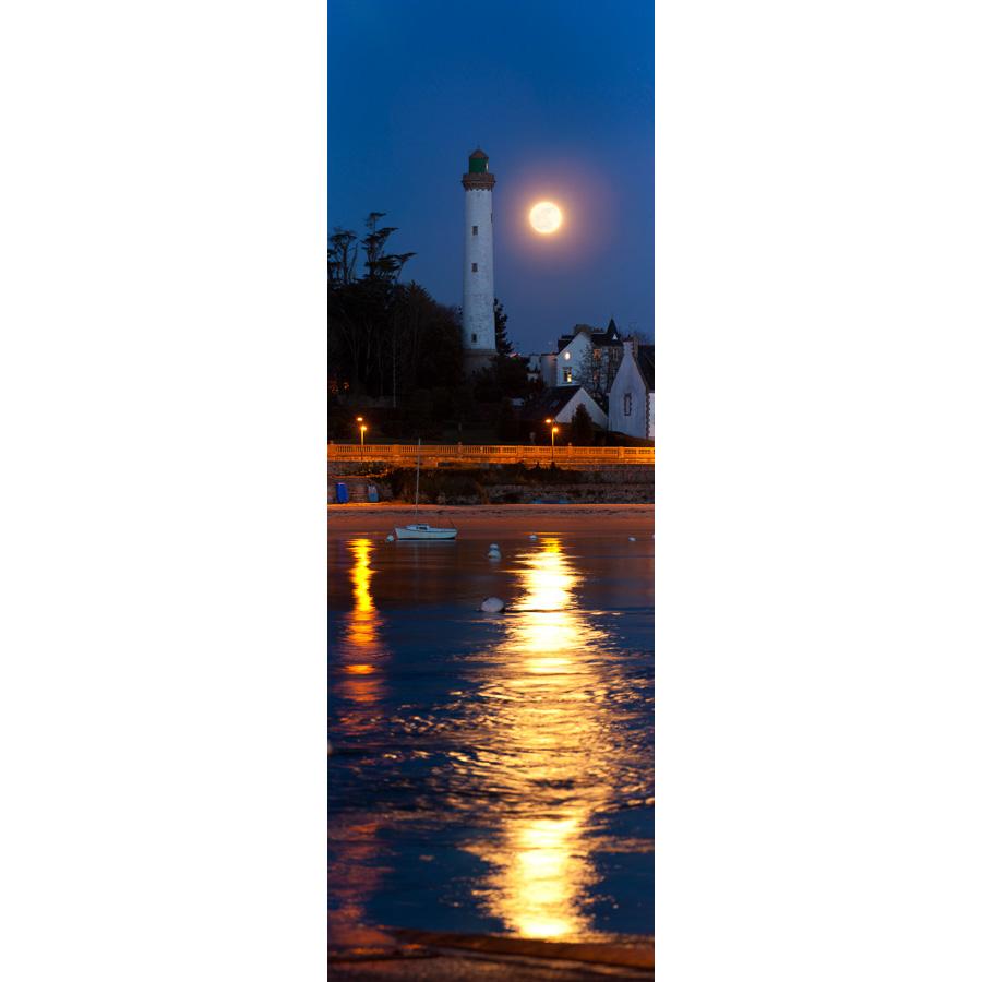 Bénodet : La Pleine Lune et le phare