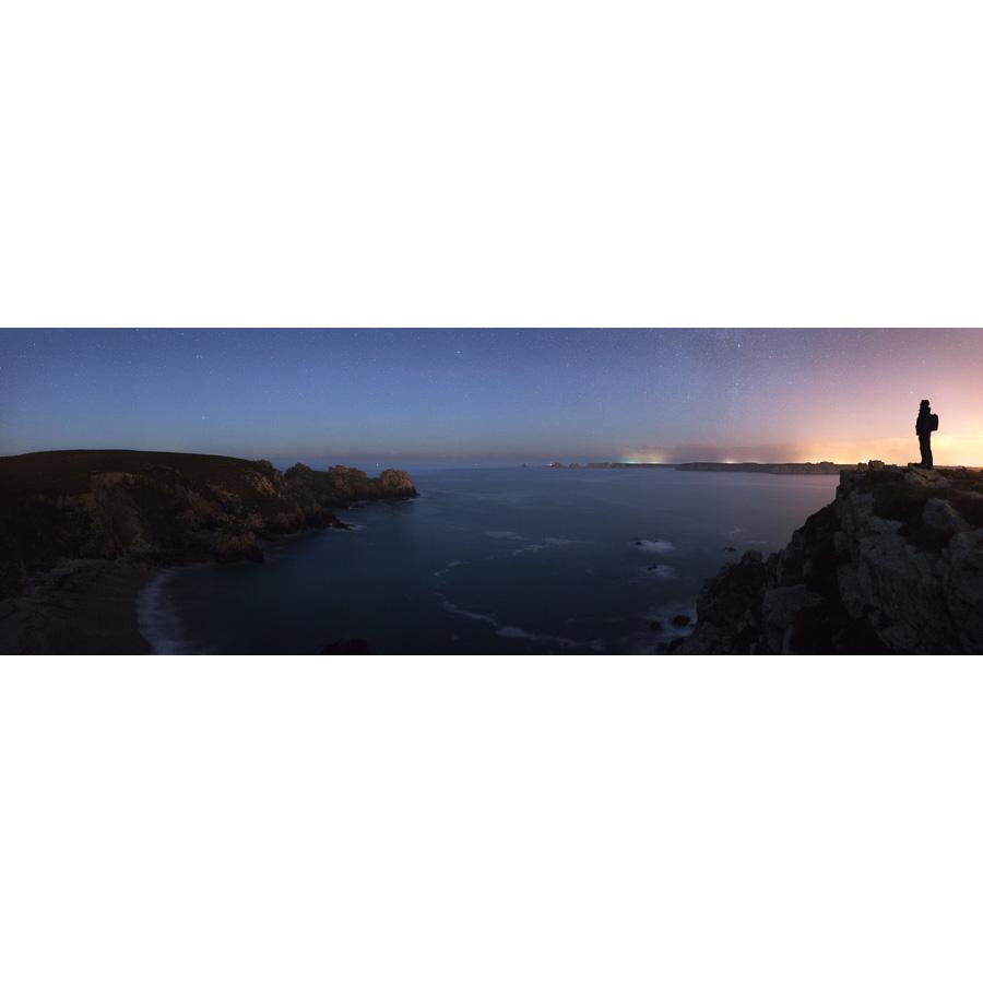 Pointe de Dinan : LEs Tas de Pois à l'horizon