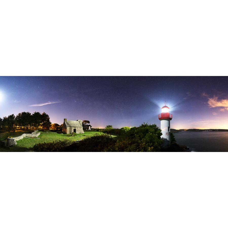 Port Manec'h : Le phare à la lueur de la Lune