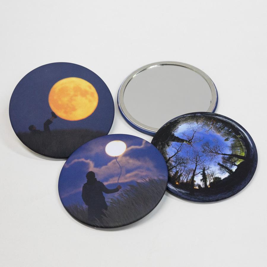 Miroirs de poche illustrés des photos de Laurent Laveder