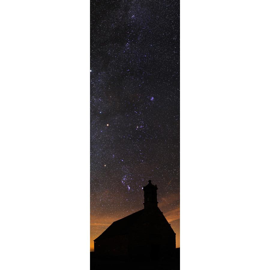 Mont Saint-Michel-de-Braspart : La chapelle sous les étoiles