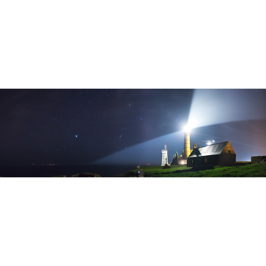 Pointe Saint-Mathieu : Orion et le phare