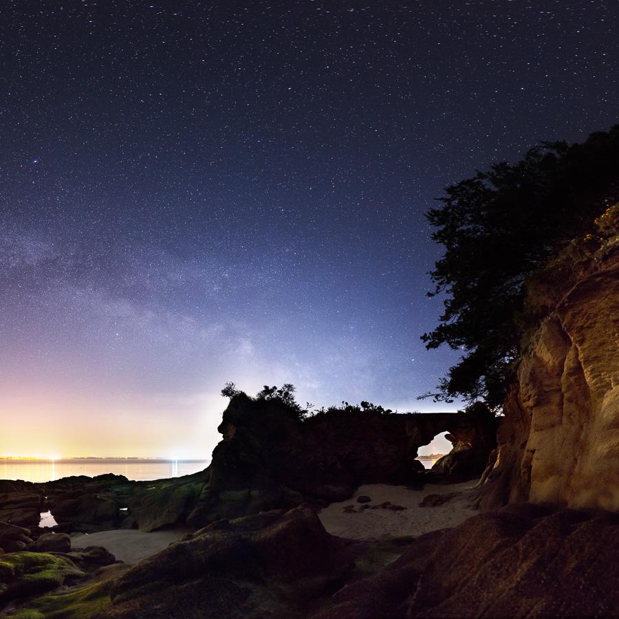 Beg Meil : La roche percée