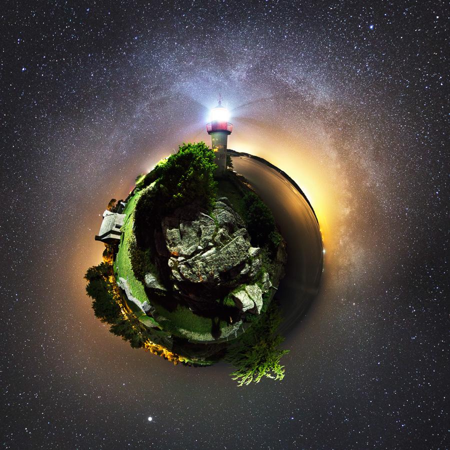Port-Manec'h : Le phare façon petite planète