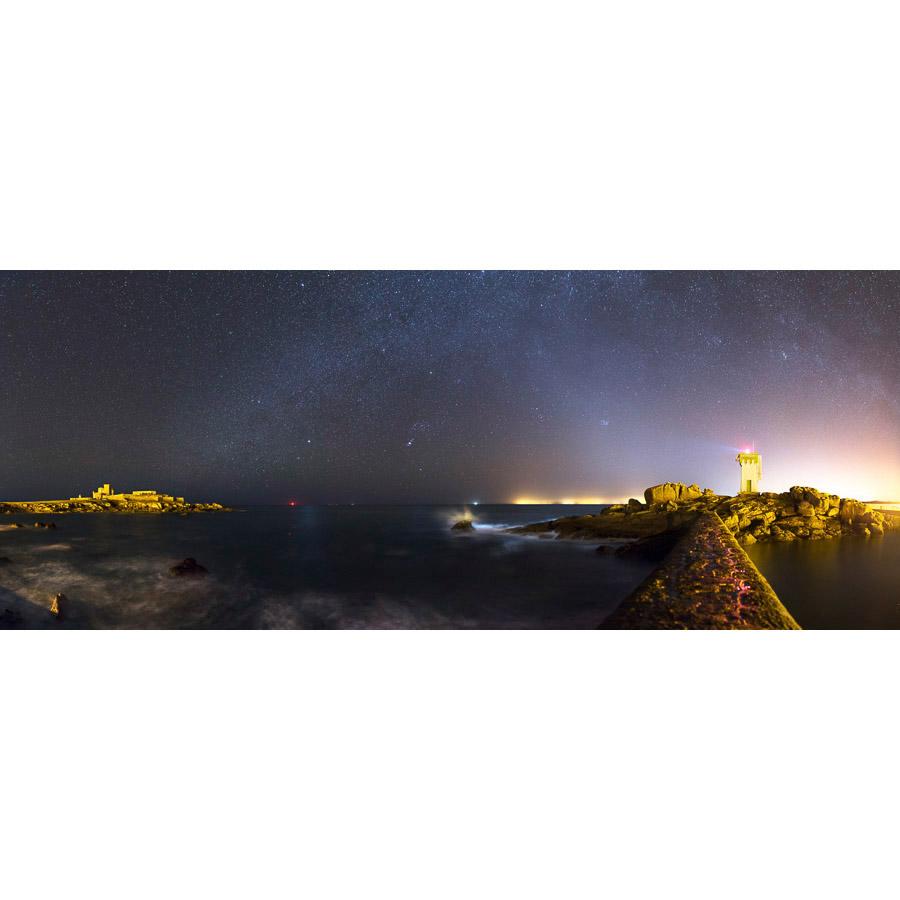 Pointe de Trévignon : Feu et château