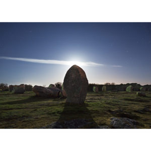 """Photo A4 à encadrer """"Carnac : Menhir masquant la Lune"""""""
