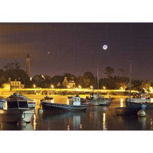 """Photo A4 à encadrer """"Bénodet : le phare et la Lune"""""""