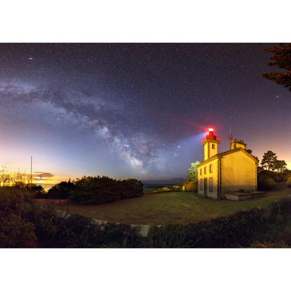 """Photo A4 à encadrer """"Sainte-Marine : La Voie lactée face au feu de Combrit"""""""