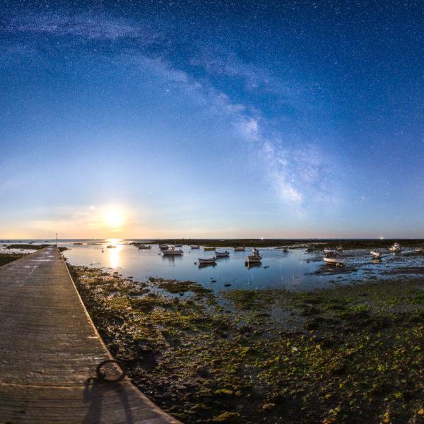 Loctudy : Le port de Larvor sous la Voie lactée