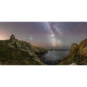 Pointe de Pen-Hir : Voie lactée, Jupiter sur les Tas de Pois